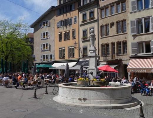 Place_bourg_du_Four_Geneve_Edi-Line cityguide1
